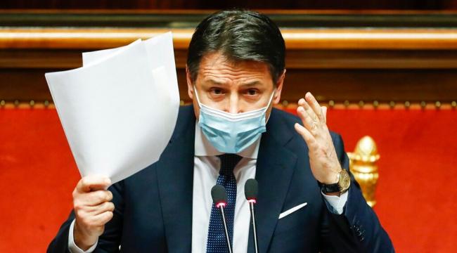 İtalya'da Başbakan Conte istifası etti