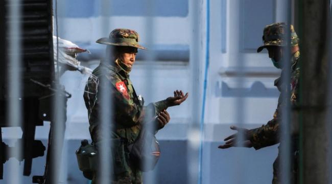Myanmar'da askeri darbe: Olağanüstü hal ilan edildi