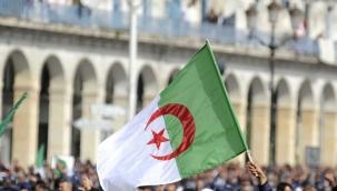 Cezayir Alimler Birliği Başkanı Kasum: Osmanlı Cezayir'e İspanyol Haçlı saldırılarına karşı Cezayirlilerin davetiyle geldi
