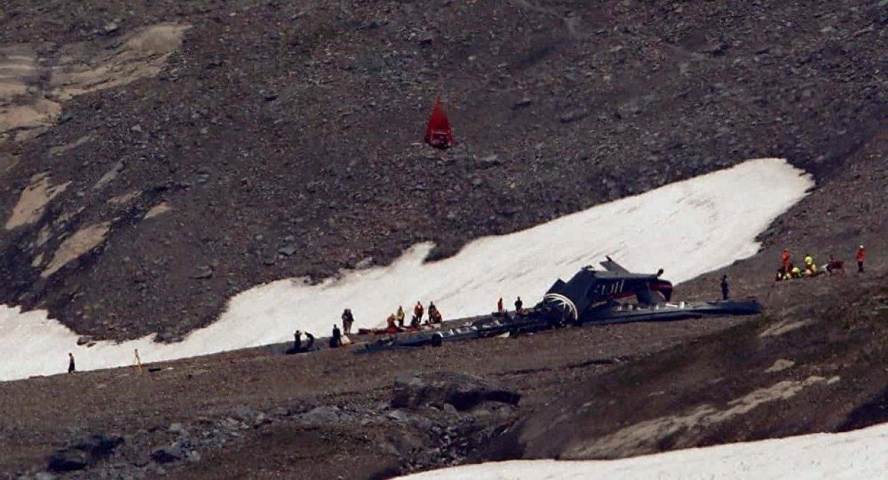 İsviçre'de birkaç saat arayla iki uçak düştü: 24 kişi hayatını kaybetti