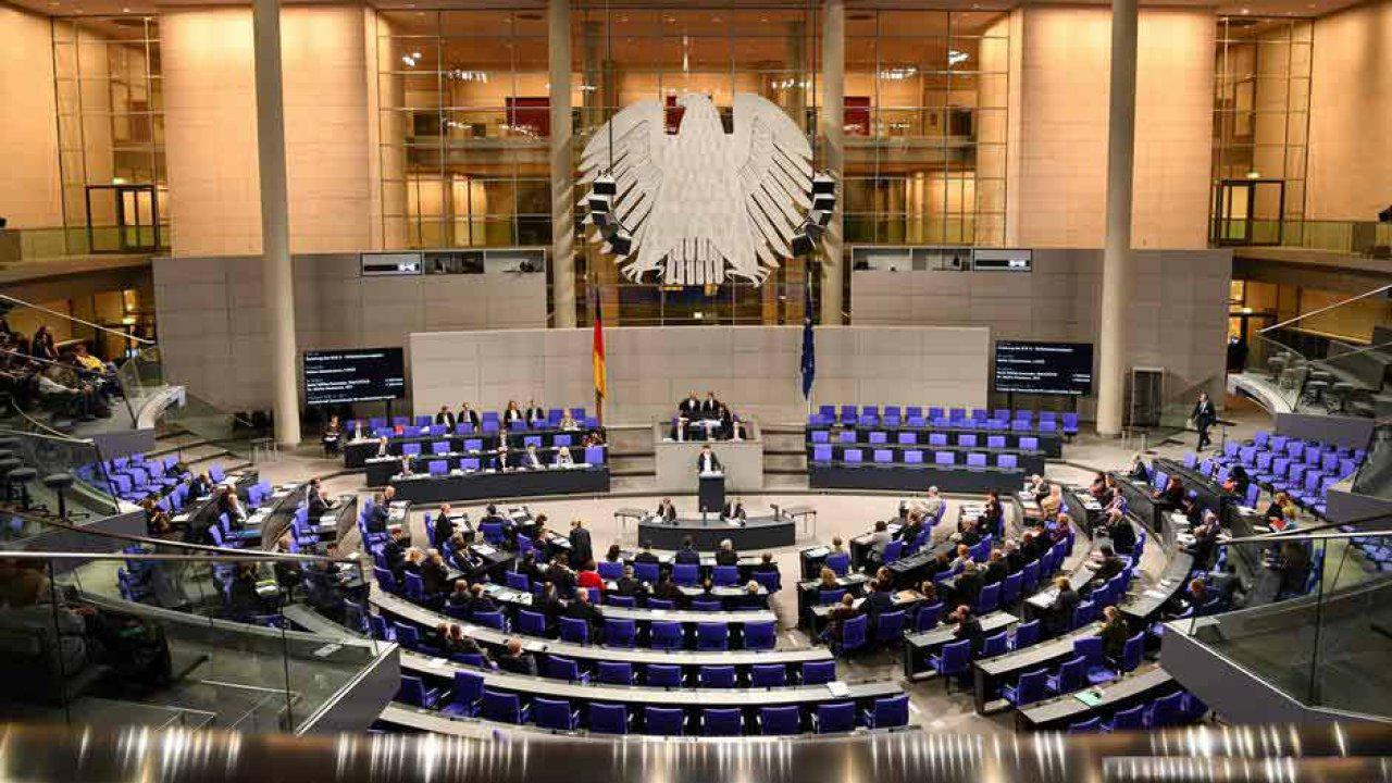 Alman meclisinde Türkiye'ye silah ambargosu görüşülecek