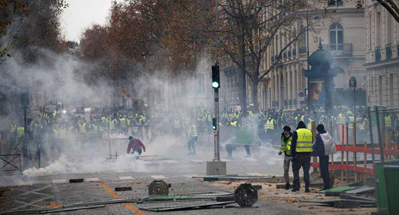 Fransa'da PSG-Montpellier maçı polis teşkilatının talebiyle ertelendi