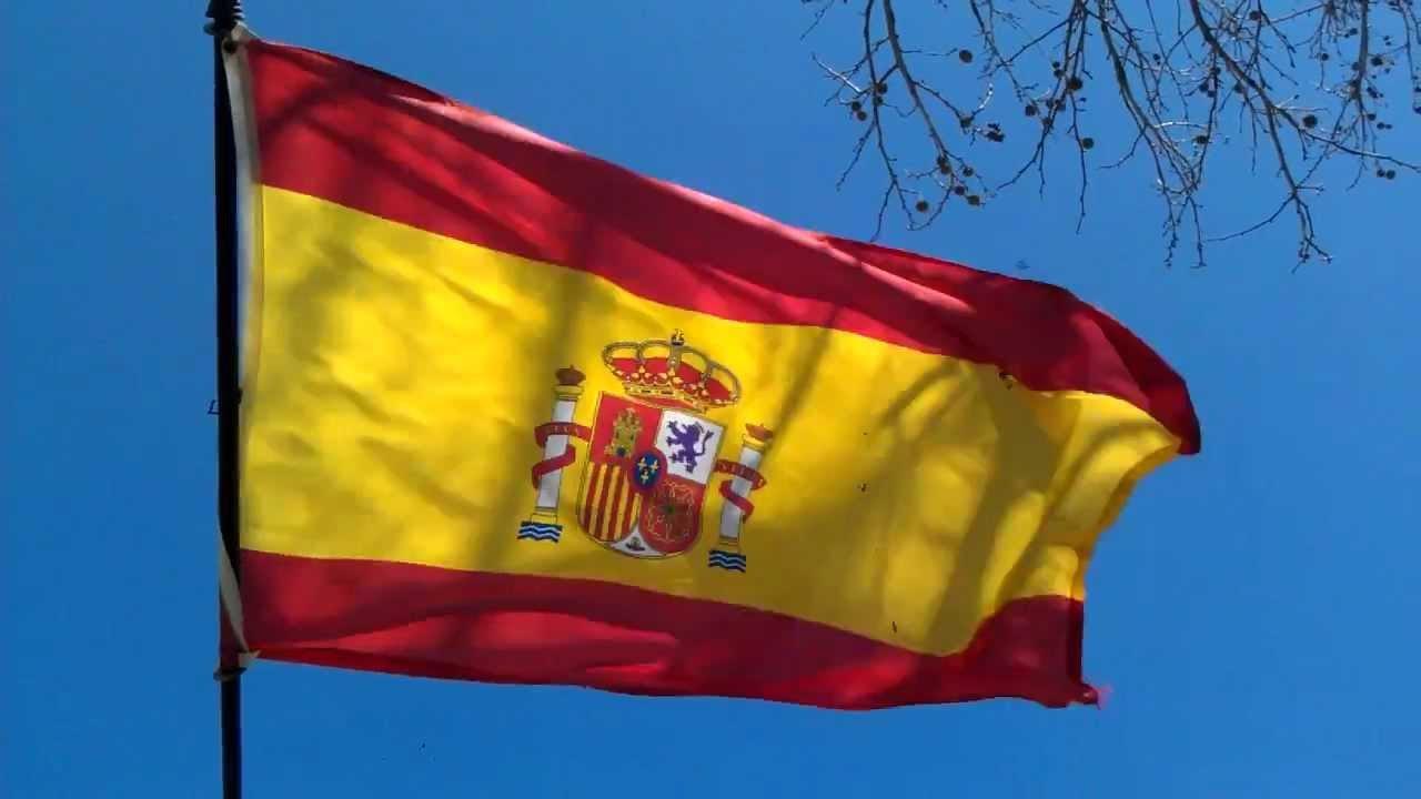 """İspanya'da camiye saldırı: Camlara """"İslam'a ölüm"""" yazdılar"""