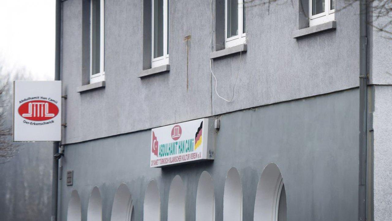 Almanya'da mahkemeden hoparlörden ezana onay